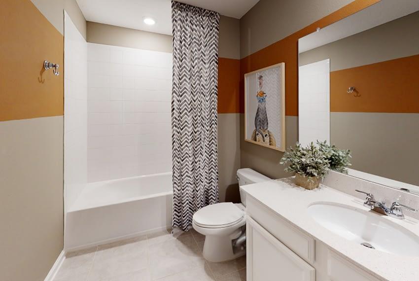 Harrisburg-Bathroom_1of2