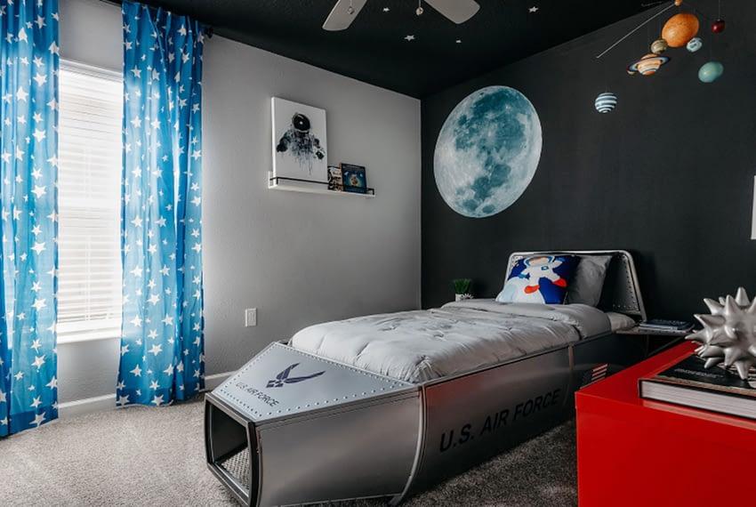 Harrisburg-Bed3